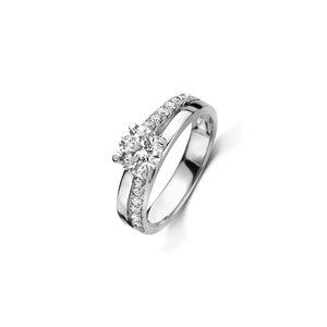Briljant geslepen solitaire ring met zijdiamanten